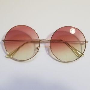 Lennon oversized sunglasses